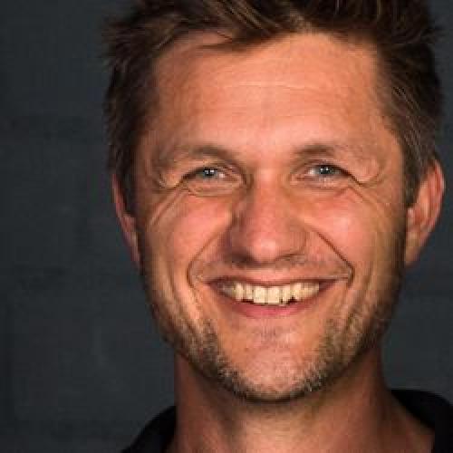 Portrait Henning Emmrich